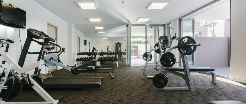 Image gallery workout equipment for Equipement hotel